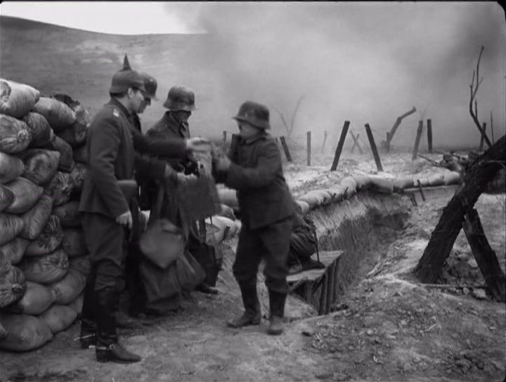 The Great Dictator – Charlie Chaplin as the Jewish barber in World War I, as a soldier