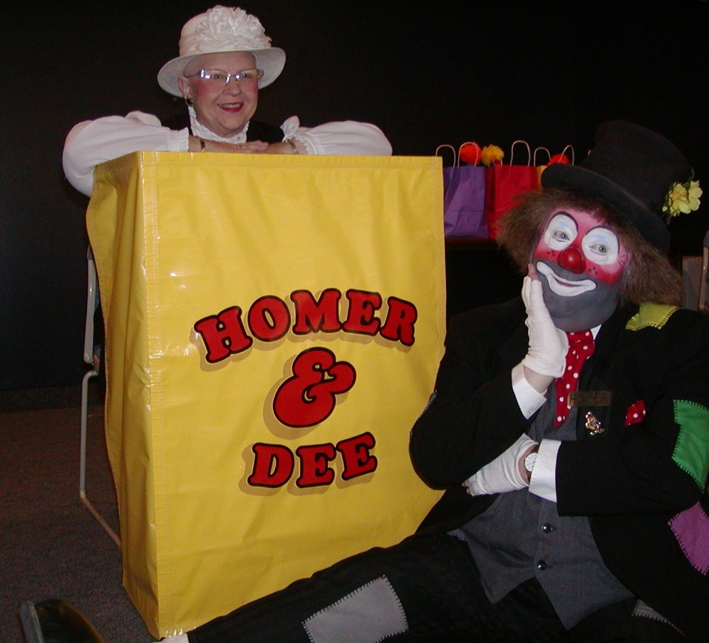 Don Burda as Homer with Dee