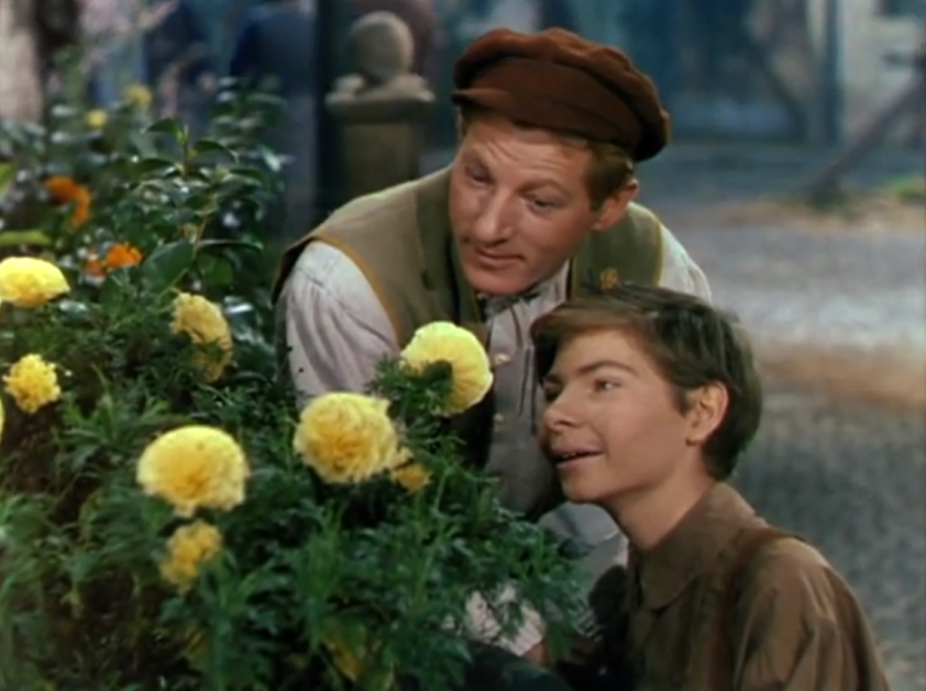 Danny Kaye sings Inchworm in Hans Christian Andersen